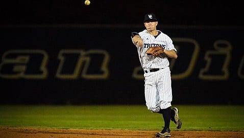Baseball Nhan Nguyen3
