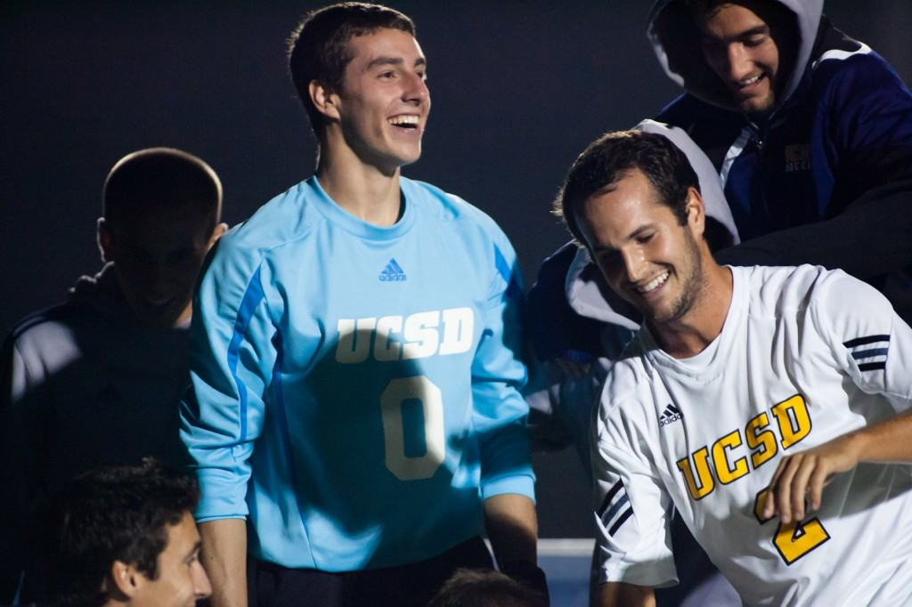 SPORTS-msoccer-20111022160542-2-NT