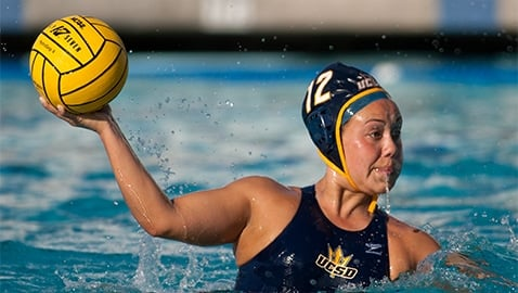 SPORTS-waterpolo-20120429175459-0-NT