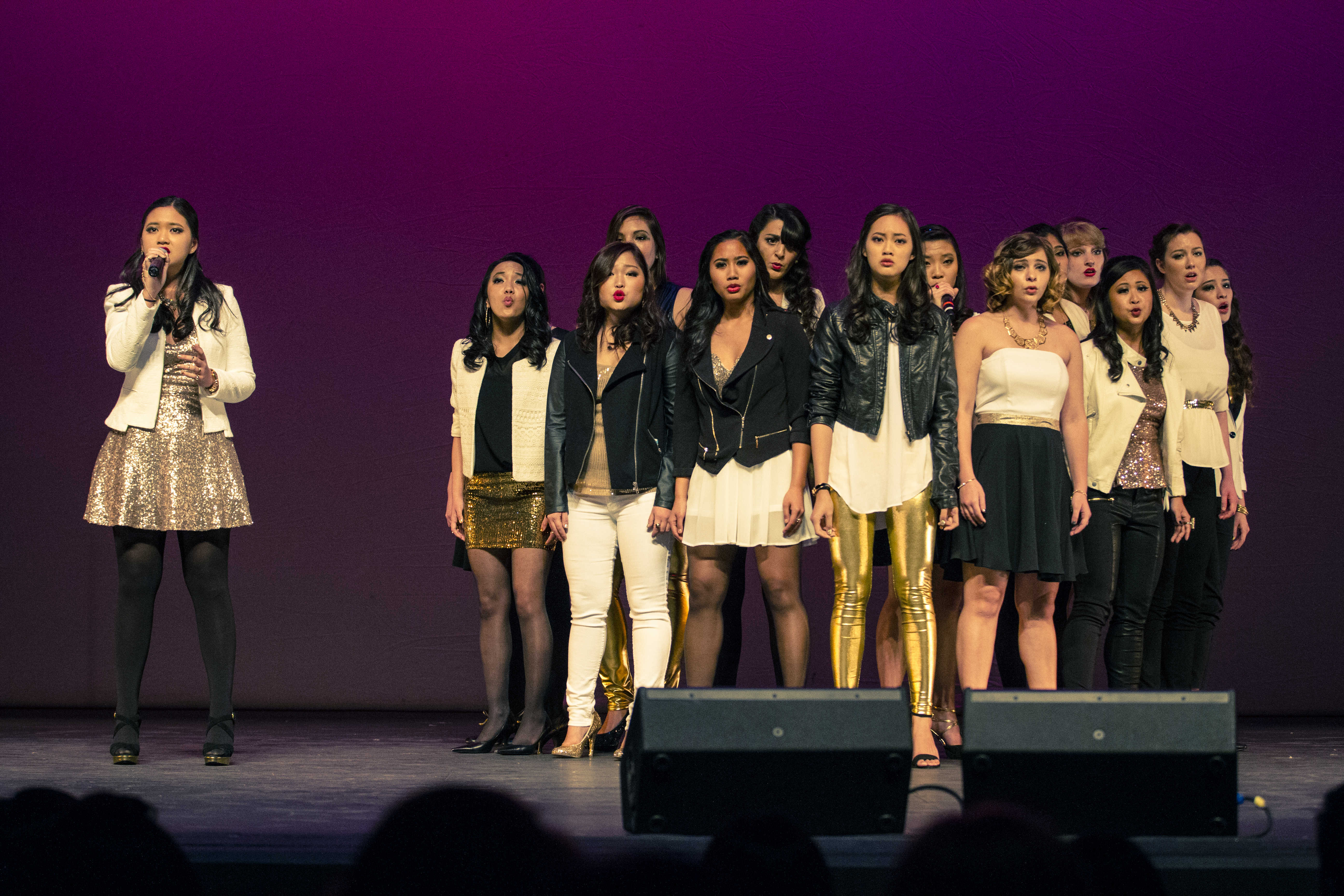 The Daughters of Triton (DOTs) peform at the 2014 ICCA Quarterfinals. Photo credit by Alwin Szeto.