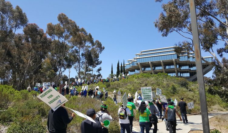 Uc San Diego >> Uc San Diego Workers Demonstrate Throughout Campus On First Day Of